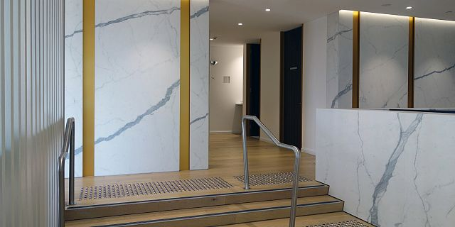 Statuario Matt. MC Medical & Dental by JLArchitects_09 commercial reception-desks.jpg
