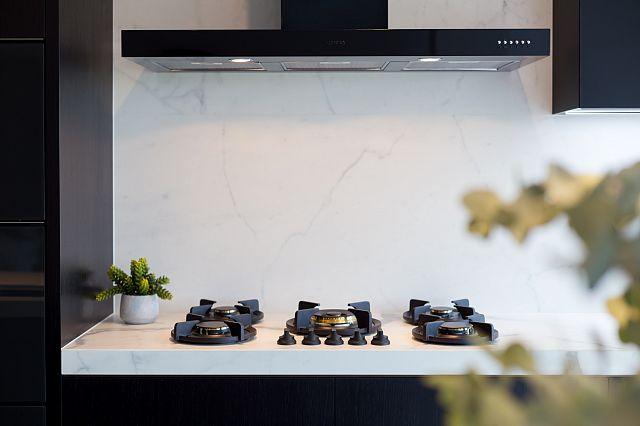 Statuario Matt. Zahra Apartments by Spyre Group_07 kitchens.jpg