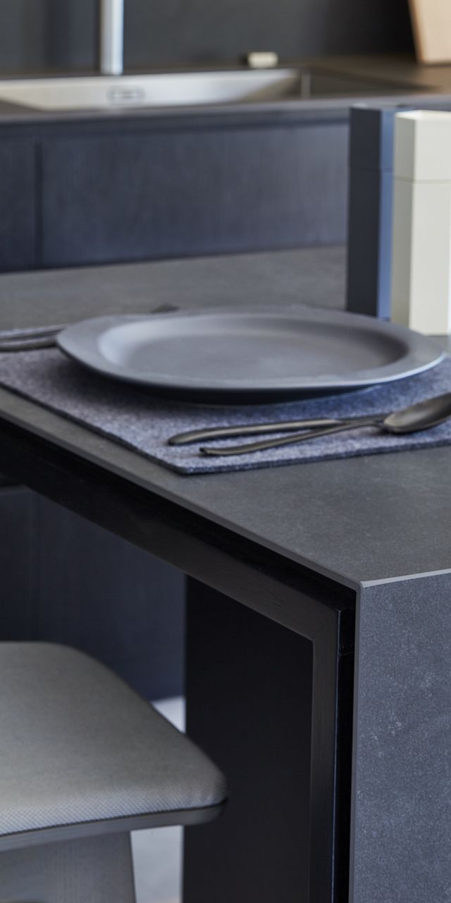 141112 McIlwrick Street 0092 benchtops kitchens.jpg