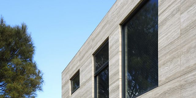 ©mg-p-019 cladding travertino.jpg