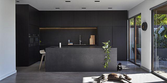 141112 McIlwrick Street 0514 benchtops kitchens moon splashbacks.jpg